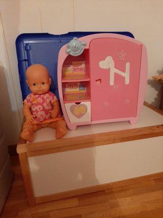 armario de nenuco y muñeca
