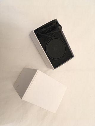 Speaker bluetooth & teléfono móvil Sharp