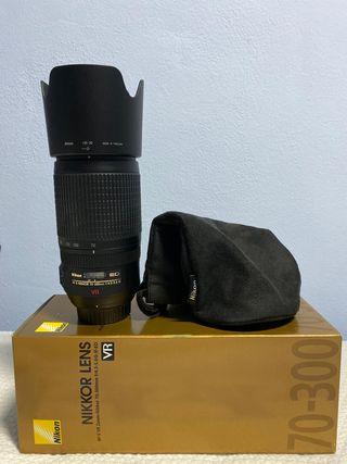 Objetivo AF-S VR Nikon 70-300mm f/4.5-5.6G IF-ED