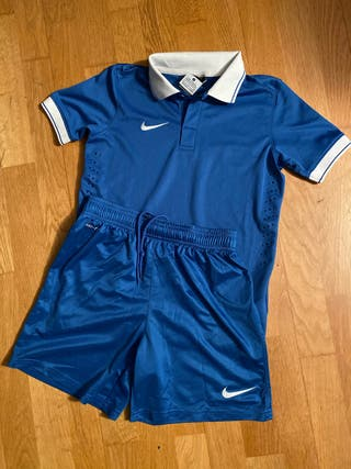 Equipación fútbol niño