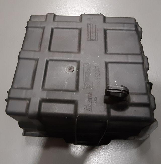 Caja batería Gilera GP800 / Aprilia SRV850