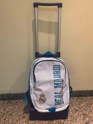 Mochila Real Madrid semi nueva con ruedas