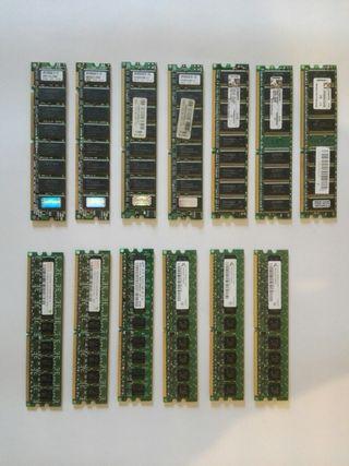 Lote de componentes informáticos
