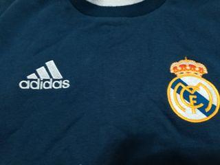 sudadera del Real Madrid años 2000.