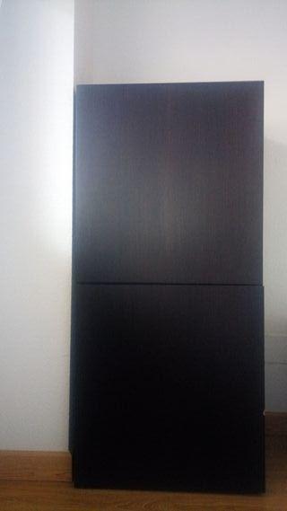 armario color negro wengue