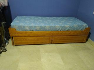 cama nido+sofás madera porche+cuadro marina