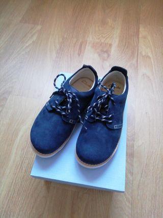 zapatos sin estrenar clarks