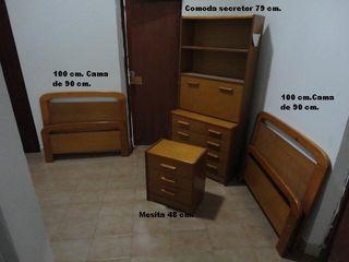 2 camas de 90, mesita y comoda/secreter
