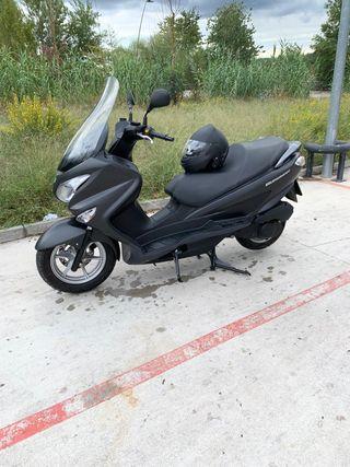 Suzuki Burgman 125 2015