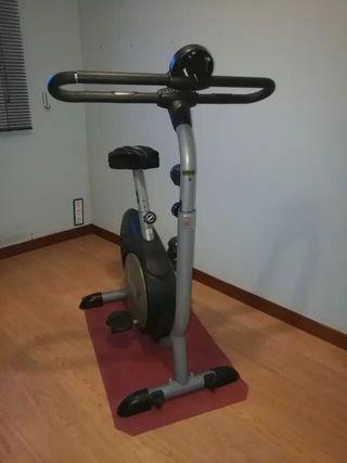 ¡¡OFERTÓN!! Bicicleta Estática Domyos VM440
