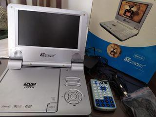 Reproductor portátil DVD Nevir