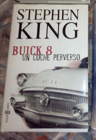 Libro, novela de Stephen King, Buick 8