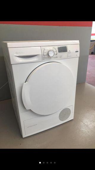 Secadora Balay de condensación con bomba de calor