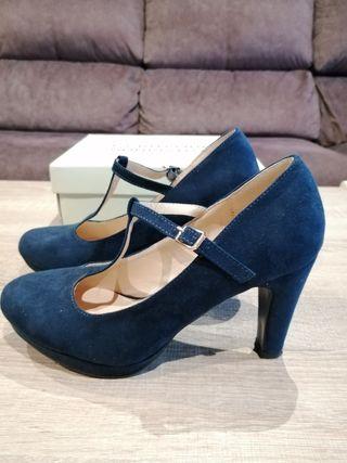 Zapatos azules tacón. Núm.38
