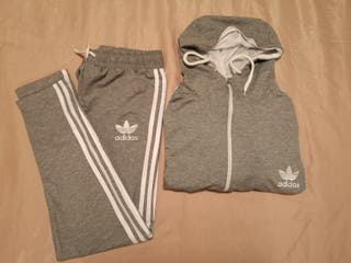 chándal Adidas gris