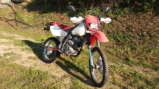 Honda XR400R moto cross