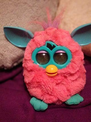 Muñeco Furbi.