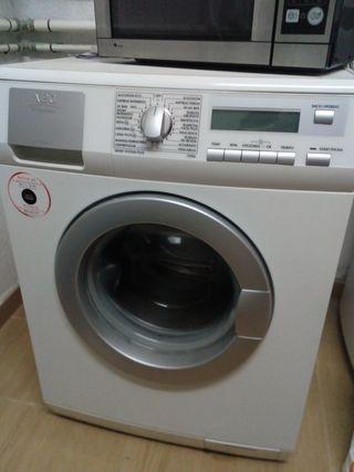 lavadora AEG como nueva