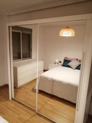 armario espejo grande, blanco roto
