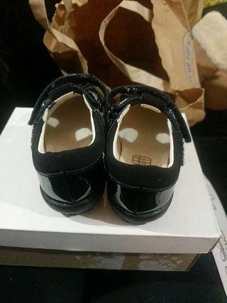 beautiful black patent flashing shoes