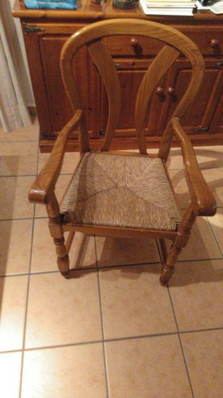 2 sillones de madera