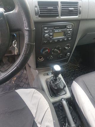 Ford Grand Tourneo Connec 2003