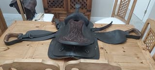 silla de montar NUEVA con maletines y fustas