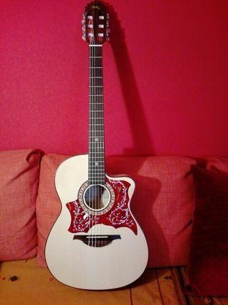 Guitarra Manuel Rodríguez. Crossover Arce