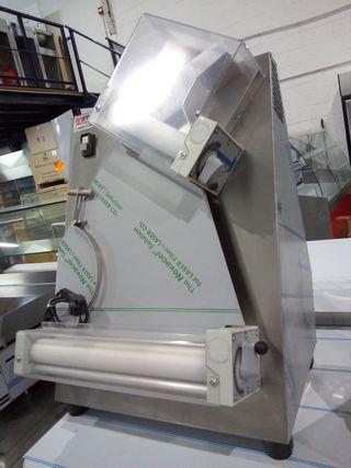LAMINADORA DE MASA DE PIZZA