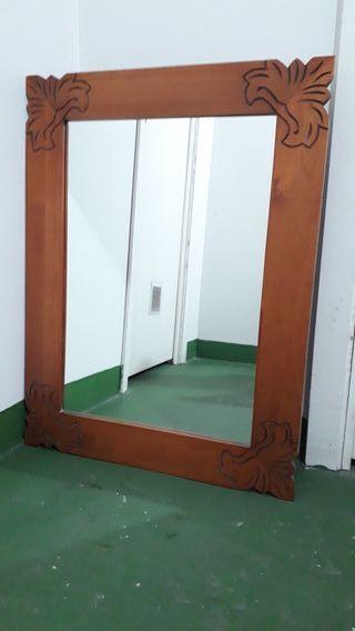 espejo de madera para entrada o baño