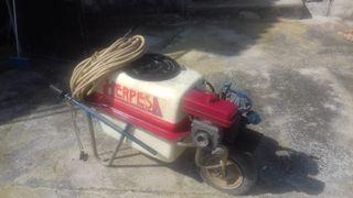 Carretilla fumigadora de 100 litros