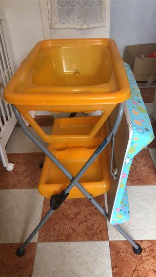 Bañera y cambiador de bebé