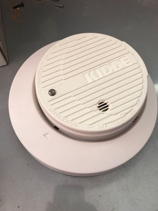 Detector humo KIDDE muy poco uso