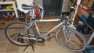 bicicleta de montaña. 26 pulgadas