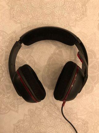 Auriculares Gamecom Plantronics