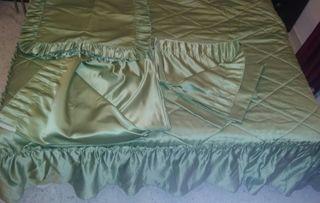 Colcha edredón cortinas