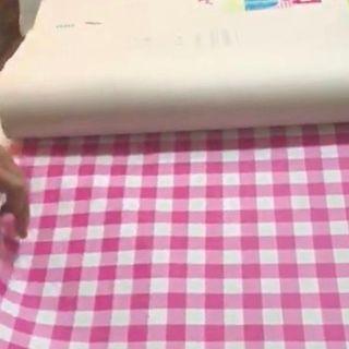 3 catálogos de papel pintado infantil