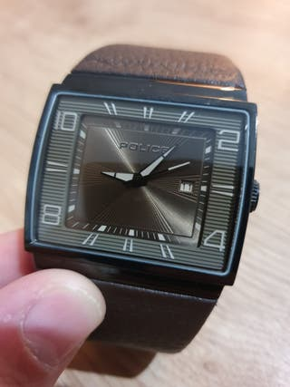 reloj de diseño marca police hombre