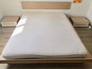 Dormitorio, cama ,cabezal+mesitas