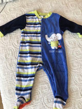 Pijama bebé talla 74 (9m)