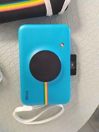 cámara instantanea polaroid