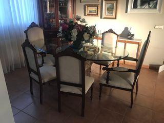 Tresillo, sillones y sillas antiguas