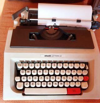 Olivetti lettera 42