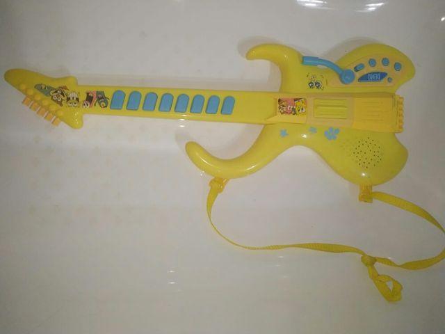 guitarra bob esponja