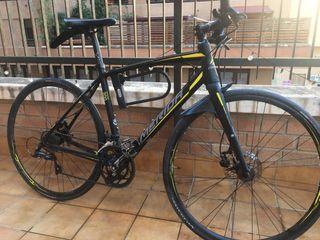 Bicicleta ciudad híbrida MERIDA 200