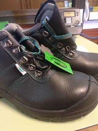 calzado botas seguridad sin estrenar talla 43