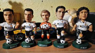 5 jugadores del Valencia CF en miniatura.