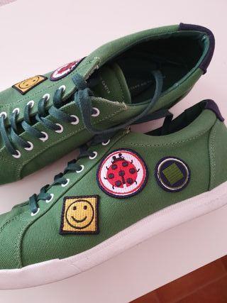 Zapatillas verdes de Purificación García