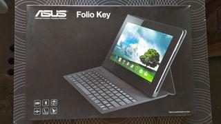 Funda de tablet con teclado inalámbrico Bluetooth