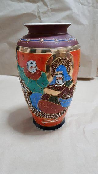 Jarron de ceramica Japones pintado a mano
